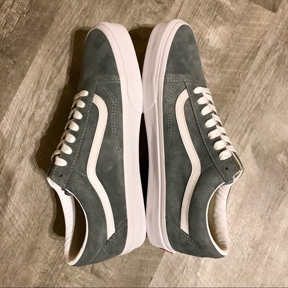 a82c7df156 New Vans Old Skool Stormy Grey   White Pig Suede. M 5bf5e7806a0bb727c670eb75